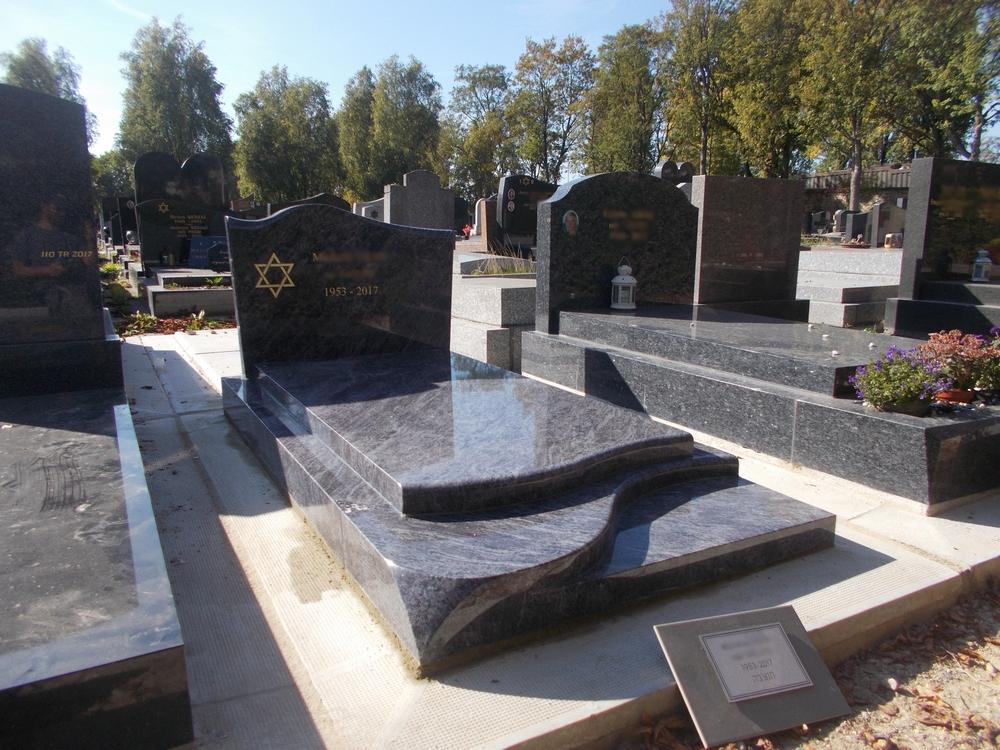 exemples de pierres tombales pos es par blog. Black Bedroom Furniture Sets. Home Design Ideas